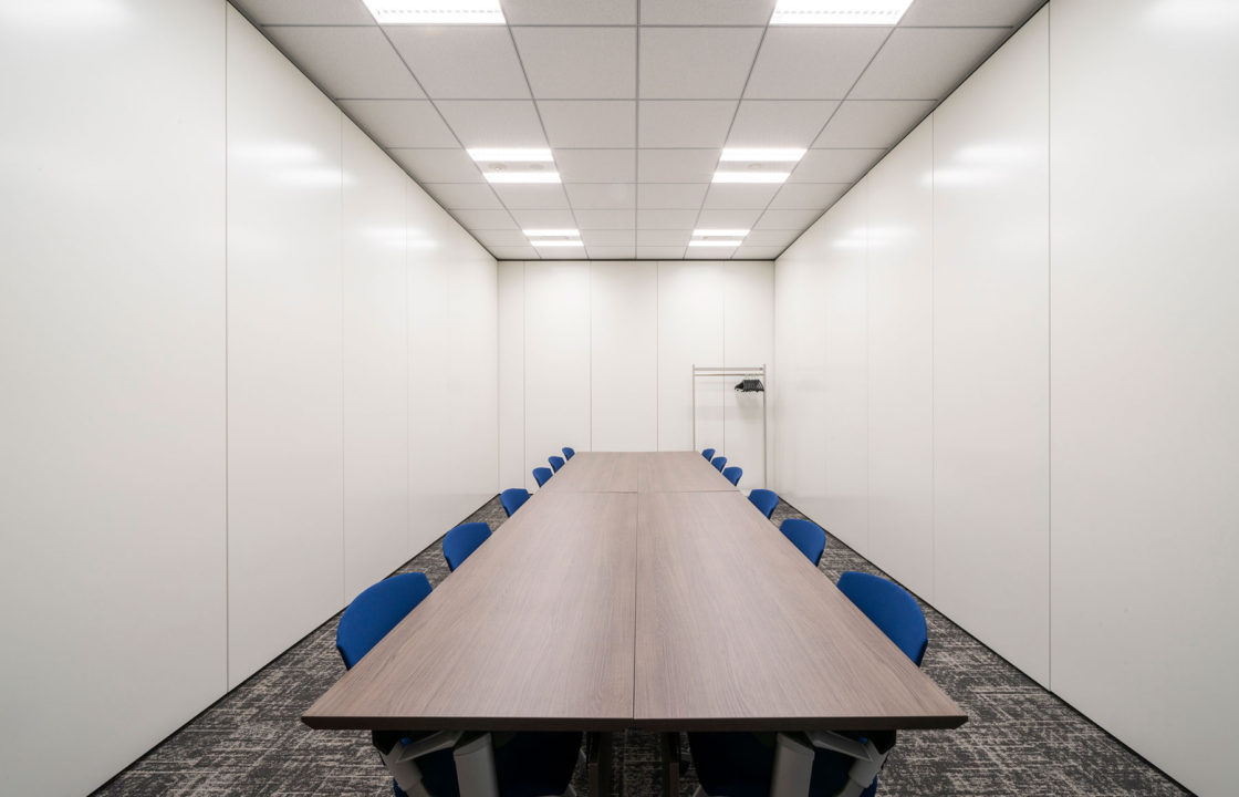 会議室 D